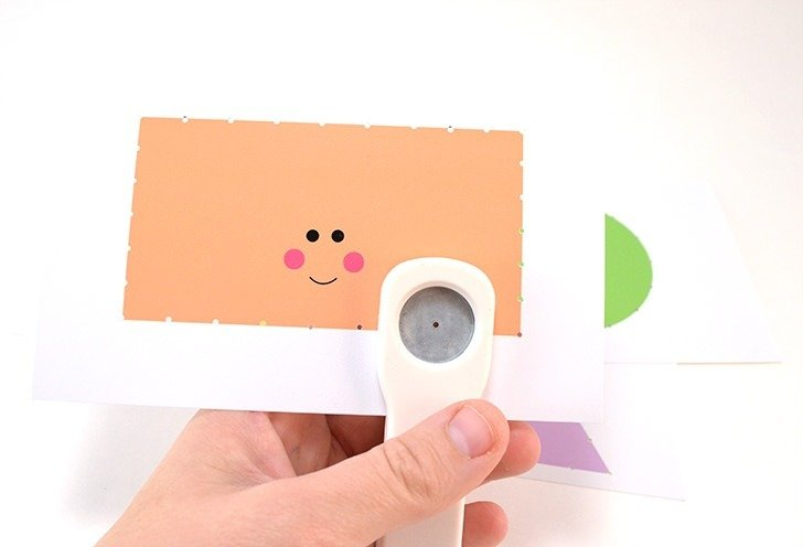 Help kids learn to stitch with these cute shapes cards! Freebie!