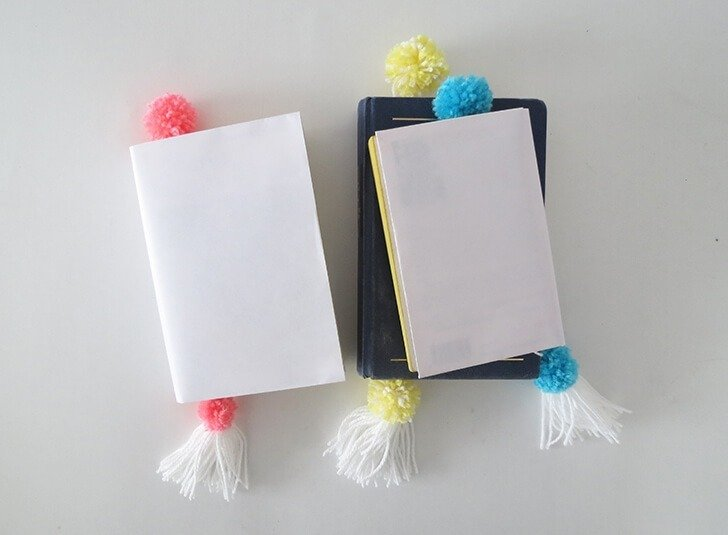 how to make pompon book mark 11