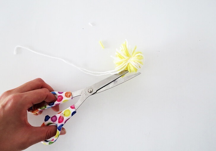 how to make pompon book mark 6