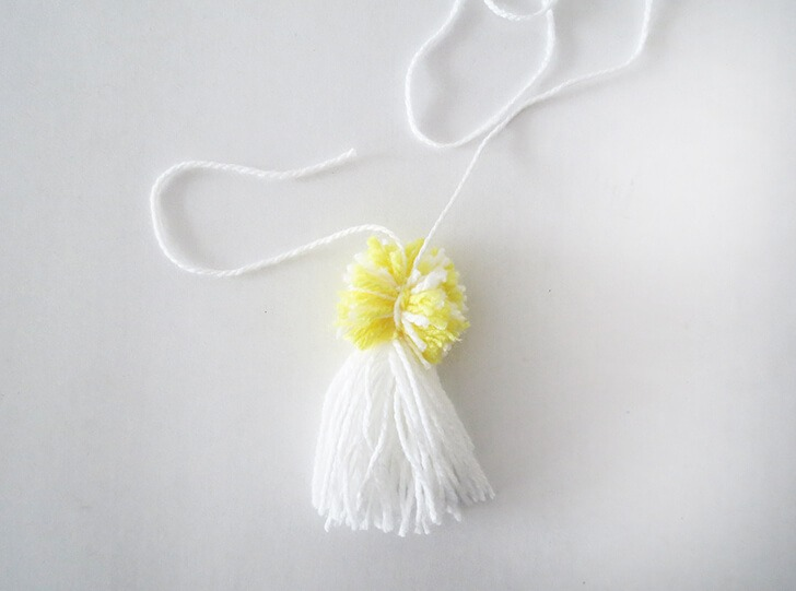 how to make pompon book mark 8