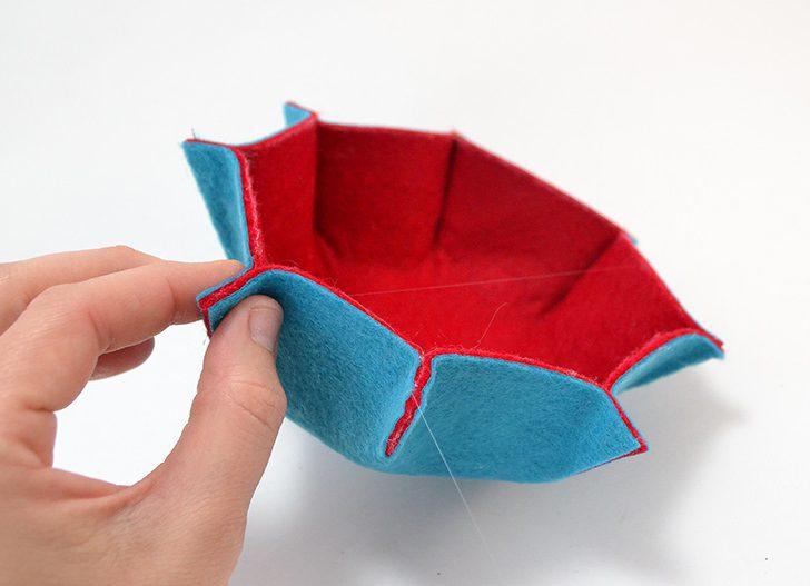 octagon-felt-flower-bowls-dreamalittlebigger (9)