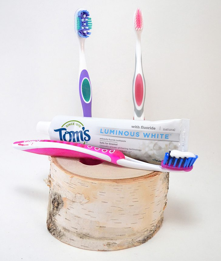This natural birch toothbrush holder is a snap to make and perfectly holds your toothbrushes AND toothpaste! I have no excuse for losing anything now :)