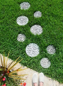 Curious how to make stepping stones? These gorgeously embossed stepping stones are deceptively simple to make and create the prettiest paths!
