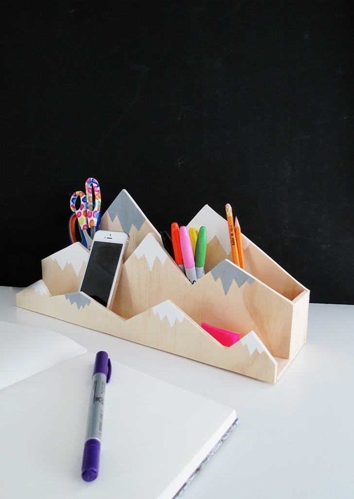 diy plywood desk organizer 9