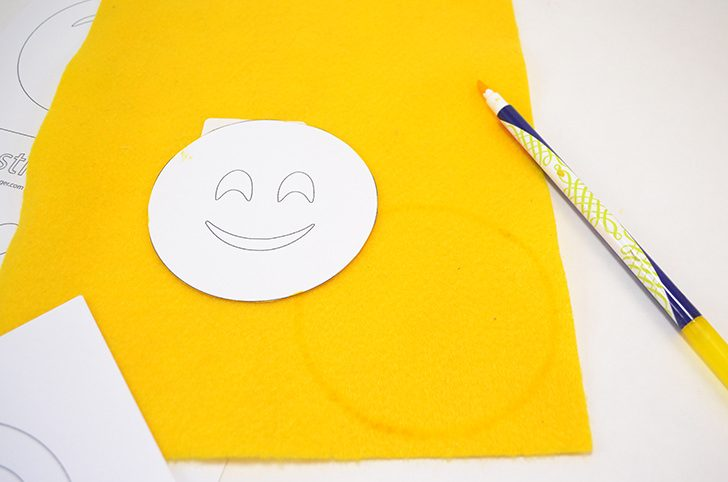 emoji-faces-catnip-cat-toys-dreamalittlebigger-002