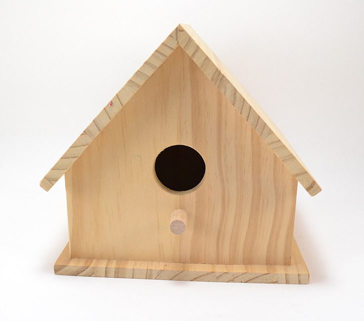A penny roof is the pretty copper complement to a DIY birdhouse!