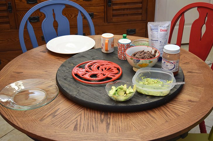 Make a lazy susan perfect for your family's needs! This super easy DIY is perfect for even a beginner - all you need is a screwdriver!