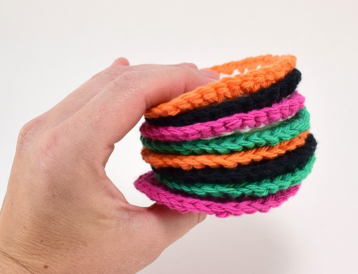 These crochet cotton rounds are just as soft on your face as store bought but they are reusable. Go green! Go crochet!