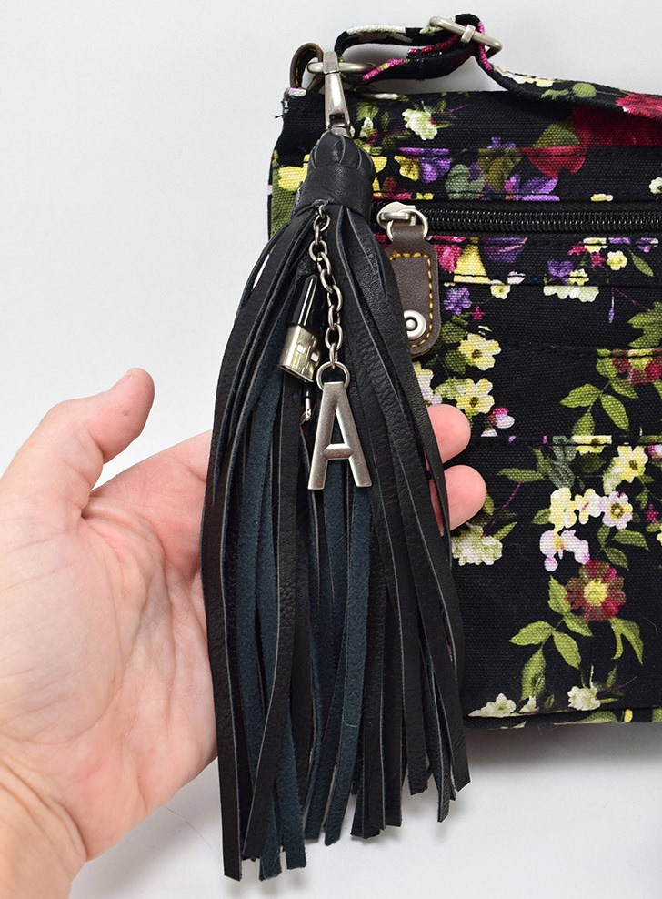 DIY Phone Charging Tassel for Your Purse
