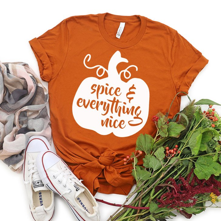 Hey PSL lovers, check out this awesome FREE Pumpkin Spice and Everything Nice cut file. Make perfectly Autumnal tees, totes, and more!