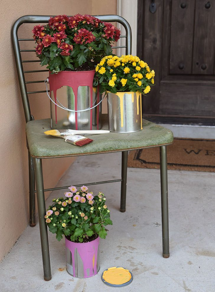 Flowering Paint Cans – Easy Fall Color