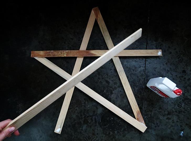 diy-christmas-star-decor-3