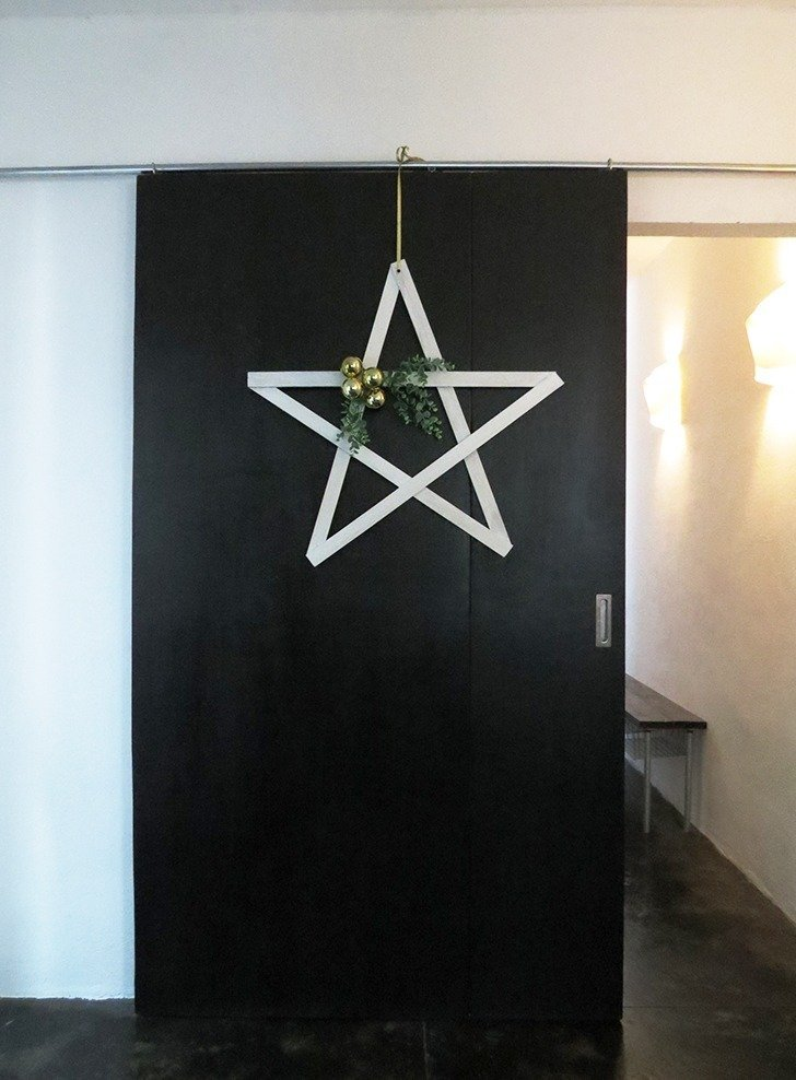 DIY Christmas Star door decor