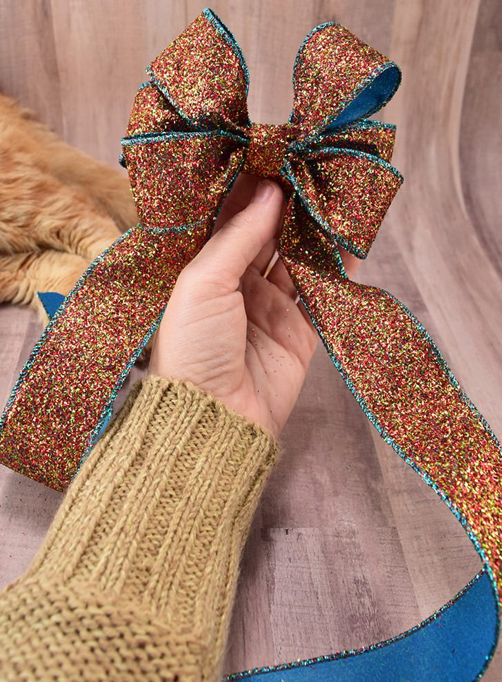 How to Make a Pretty Ribbon Bow