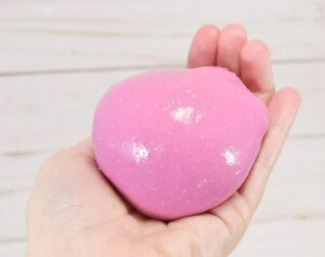 Thicker and more firm than slime, this homemade play putty only requires 2 ingredients!