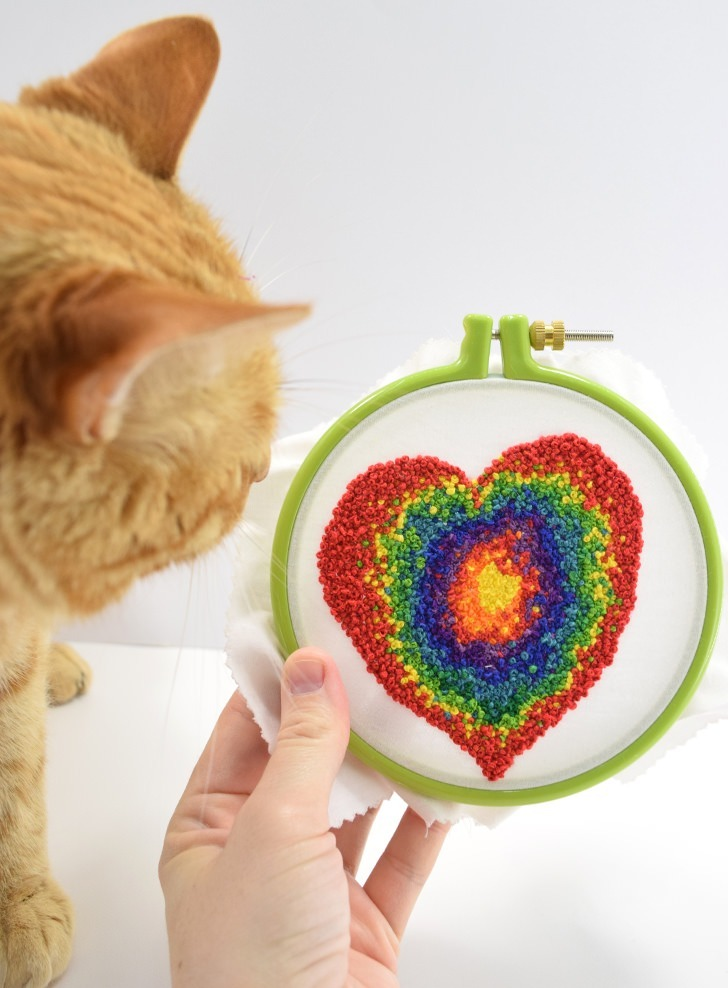 Learn how to make French Knots and add interest to your hand embroidery!
