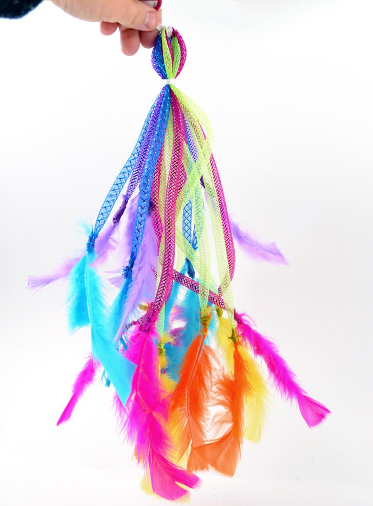 DIY Feather Cat Toys