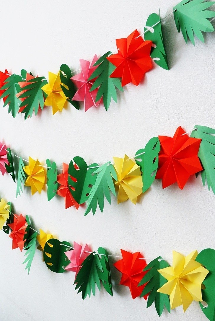 The Tropical Garland You Need For Your Summer Party Dream A Little