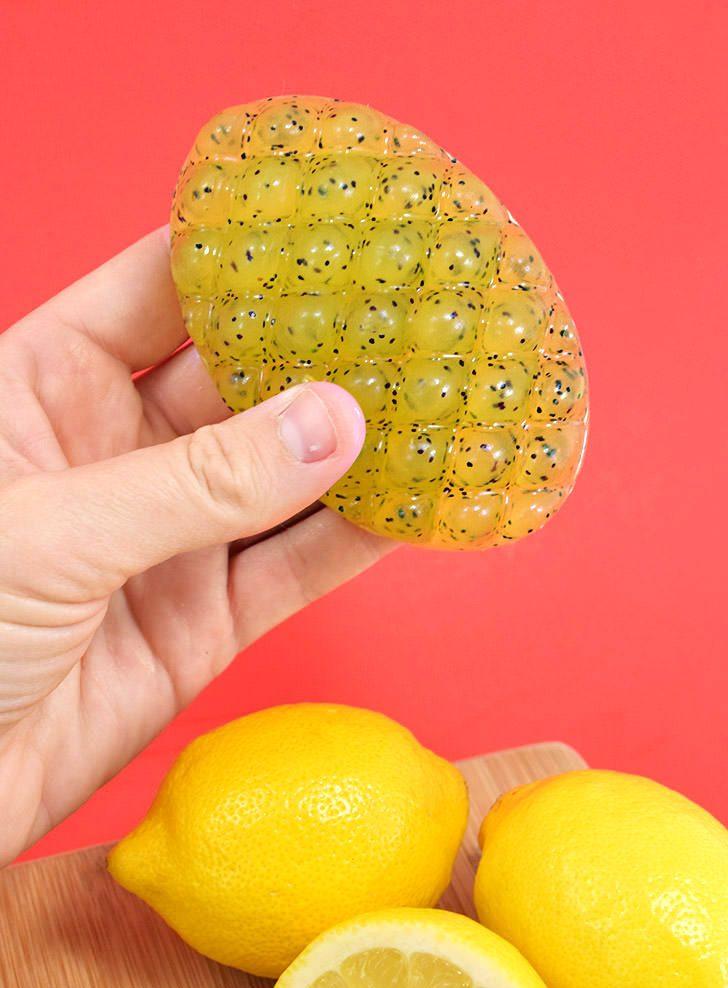 10 Minute Lemon Poppy Seed Soap