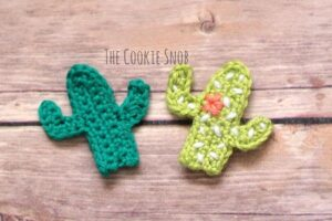 Bust that stash with these fantastic little projects perfect for some stash busting crochet like these awesome cacti!