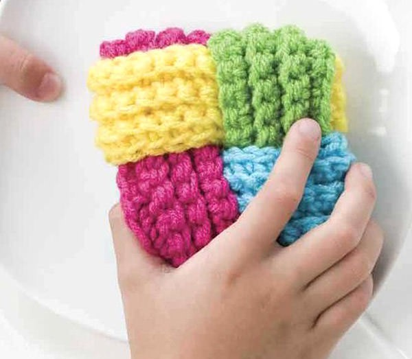 Bust that stash with these fantastic little projects perfect for some stash busting crochet like this awesome woven scrubber!