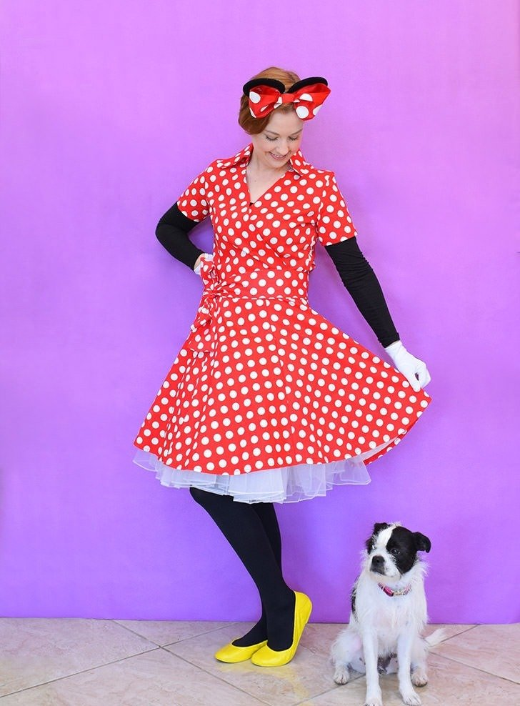This last minute DIY adult Minnie Mouse costume is the cutest AND you can toss most  sc 1 st  Dream a Little Bigger & DIY Minnie Mouse Costume for Adults - Dream a Little Bigger