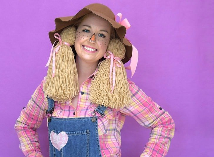 Save money and time pulling items out of your closet and craft stash for this so cute DIY scarecrow costume you can throw together for Halloween at the very last minute!