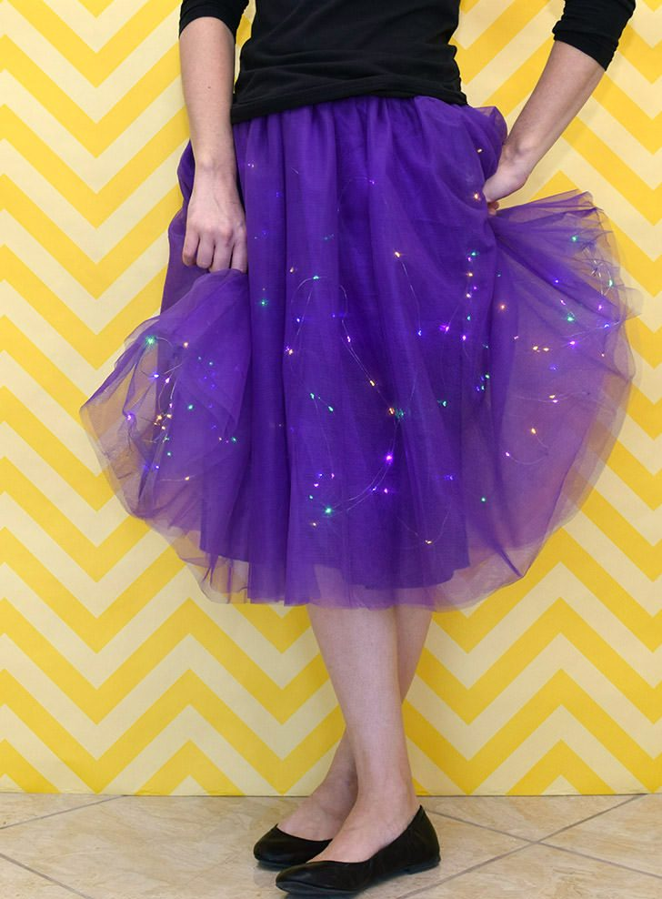 DIY Twinkle Light Party Skirt