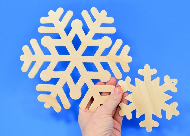 Simple but fabulous, these rhinestone snowflakes are a simple winter craft you can make in minutes. Kids and adults alike will love them!