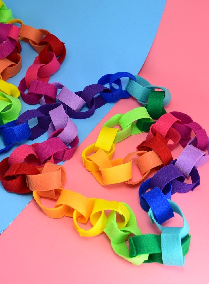 Rainbow Felt Chain Craft