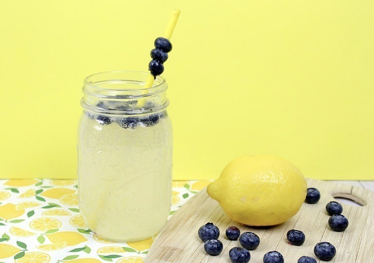 Cool off on those hot summer days with a super quick and super tasty blueberry lemonade wine cocktail.