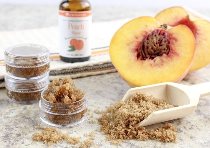 Soothe rough lips in only 5 minutes with this amazingly simple DIY just peachy lip scrub. I know you're going to just love it!