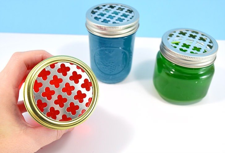 Pep up stale or smelly areas easily with these 10-minute DIY gel air fresheners you can make in any scent!