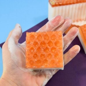 Buzzing with excitement over DIY soap? This homemade honeycomb soap with milk and honey that is nourishing, gorgeous and unique and surprisingly simple!