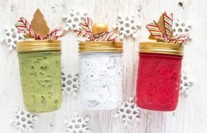 I just LOVE these adorable Christmas jars to gift this year. Fill them with candy and they're such an adorable and inexpensive gift for my neighbors and co-workers!