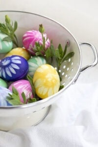 Tired of run-of-the-mill Easter eggs? Check out this amazing collection of unique, fun and gorgeous ways to decorate your Easter eggs this year!