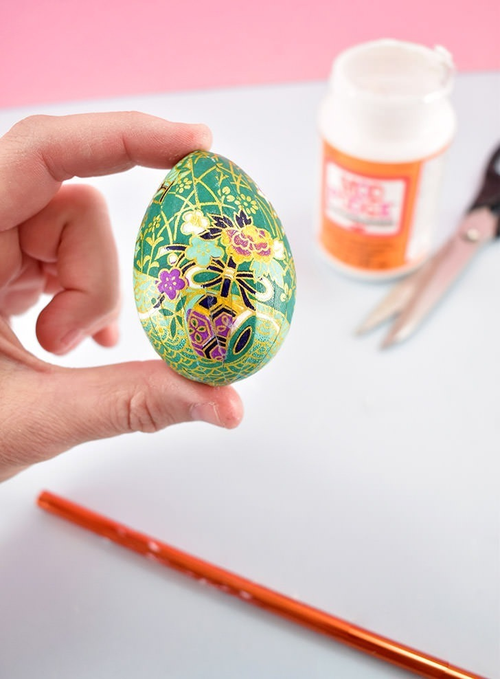 This tutorial will show you how to make gorgeous origami paper covered Easter eggs that are so lovely you will want to keep them forever and bring them out year after year.