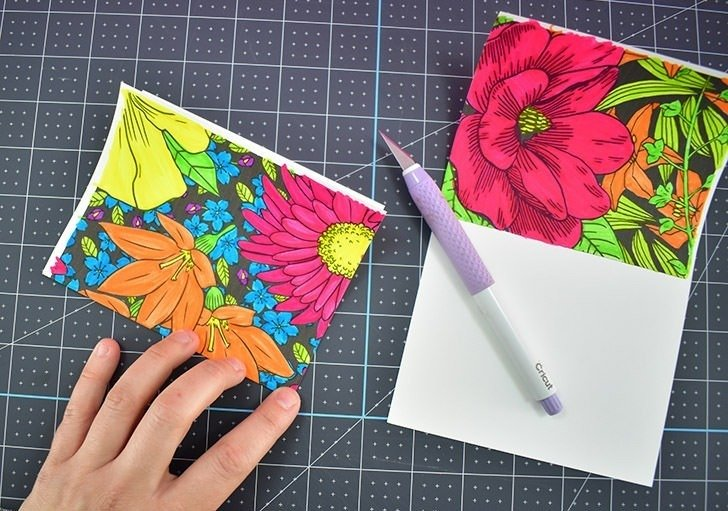 Holidays come up on me so quickly! I LOVE these free floral notecards I can print off and color. I'm going to print up a bunch and color them so I have a stash of ready to go cards for any occasion!