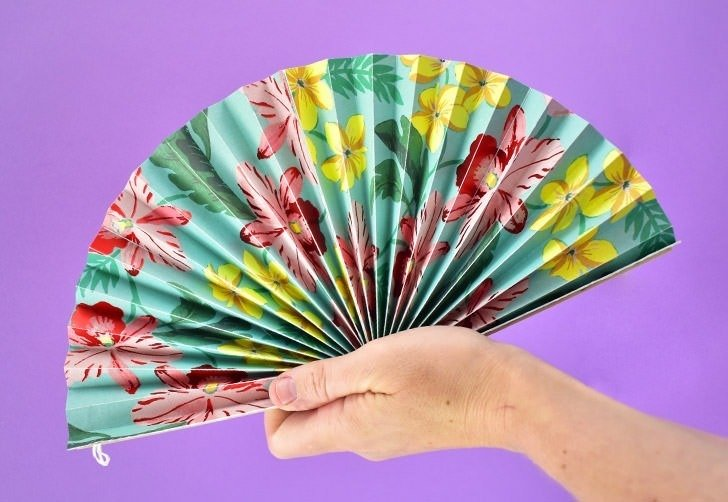 DIY Folding Paper Fans Tutorial - Dream a Little Bigger