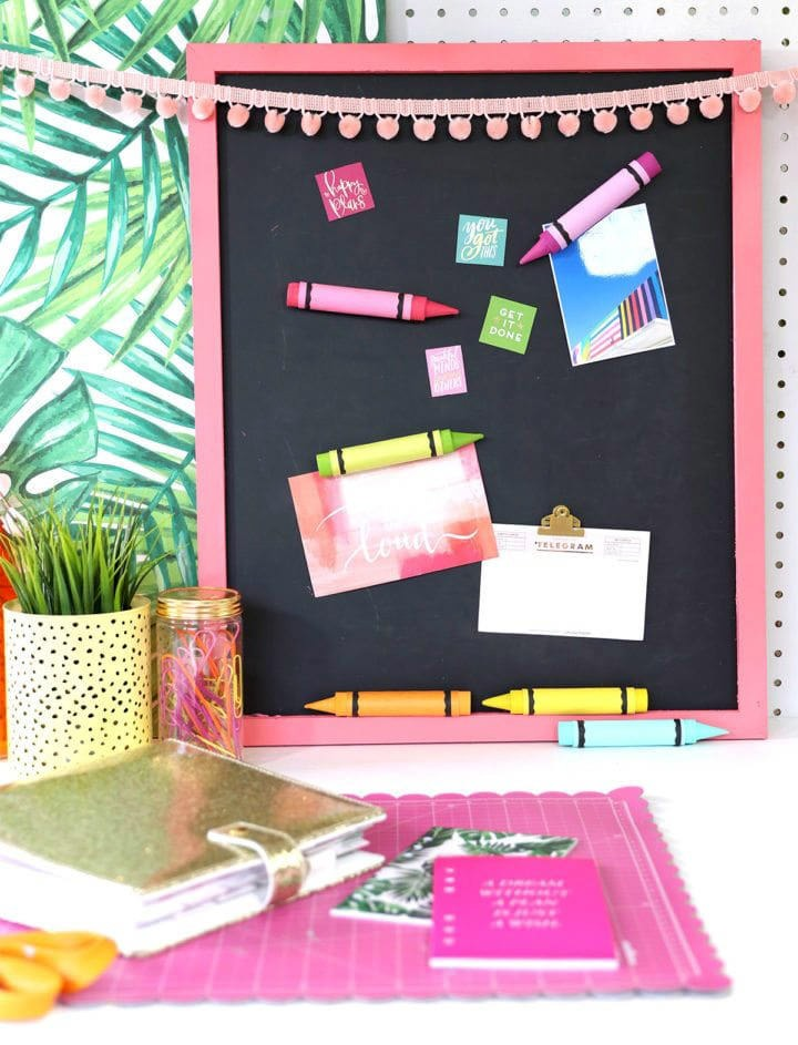 Easy craft, DIY crayon magnets by Damask Love.