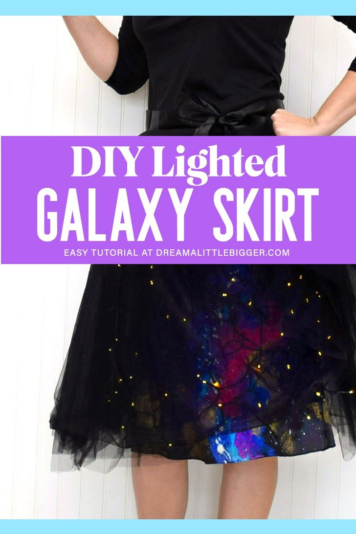Add Christmas lights to a skirt! Too cool! And I'm loving this whole galaxy skirt idea. Great for a more low key Halloween costume for me!