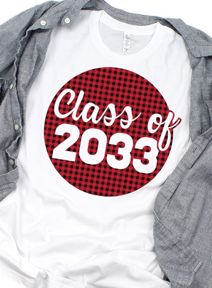 Download Make a Graduation Year Shirt with this Free SVG - Dream a ...