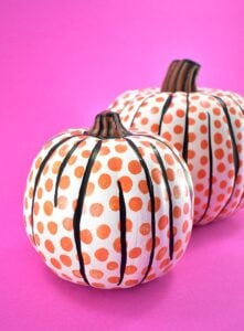 Aren't these pop art pumpkins the coolest? They're super easy to do, too! Get the full tutorial...