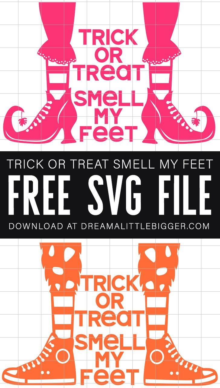 Grab the free SVG cut files to make these adorable Halloween trick or treat tote bags! Trick or Treat Smell My Feet!