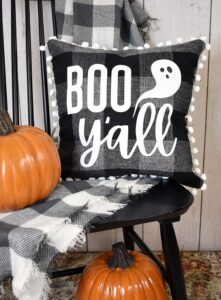 A little bit country a little bit cool, this free Halloween SVG file makes the cutest pillows, tee shirts and tote bags. Boo y'all!
