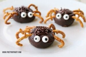 Amazing Halloween Sweet Treats and Spooky Recipes