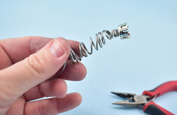Trim any excess wire and tuck away to prevent scratches.
