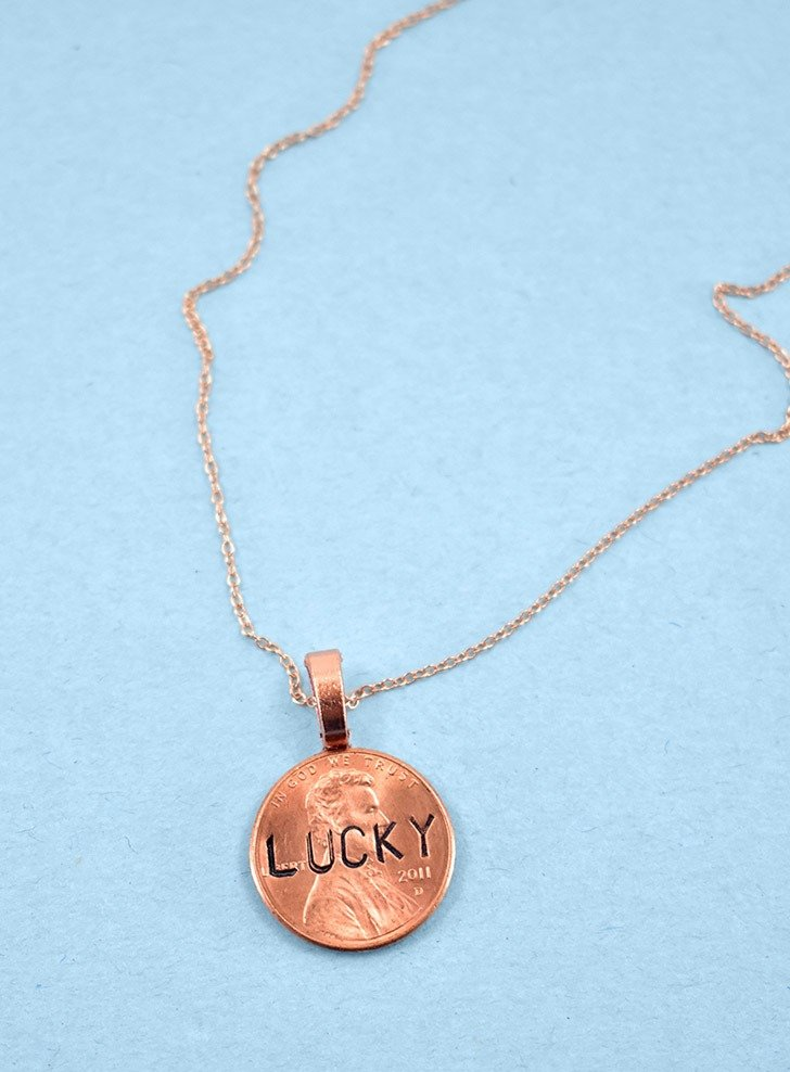 Looking for a simple and quick DIY jewelry project? You're in luck! This Stamped Lucky Penny is so fun to wear and takes 15 minutes or less!