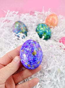I've always loved Easter eggs decorated with alcohol so much, that I've made an EDIBLE alcohol ink Easter egg tutorial using only 2 ingredients!