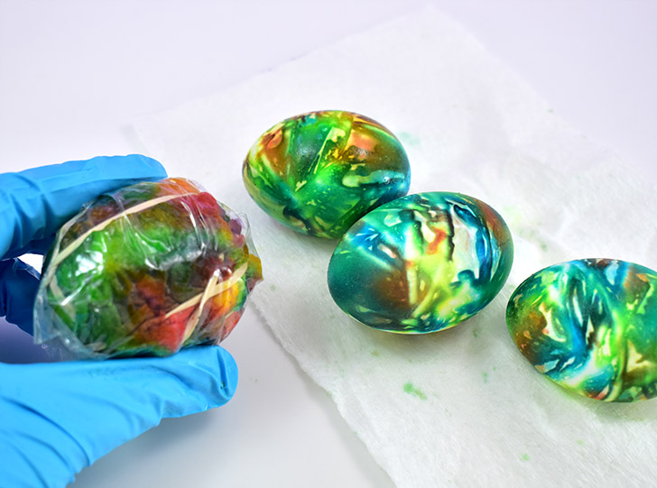 These eggs were tie dyed with far too much dye and the color is ugly and muddy.